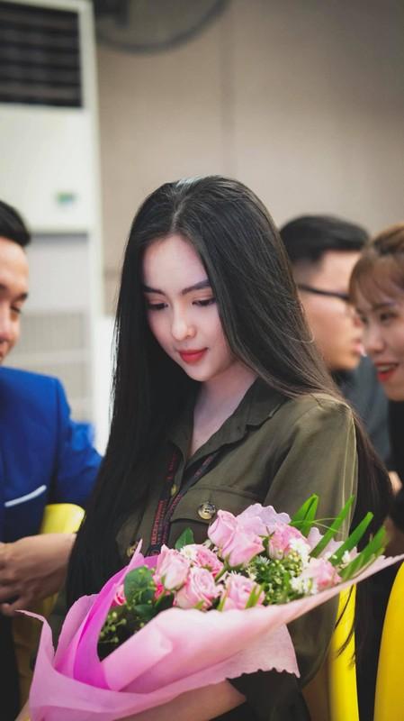 Nu sinh Kon Tum gay chu y voi nhan sac dep tu sao Hoa ngu-Hinh-3