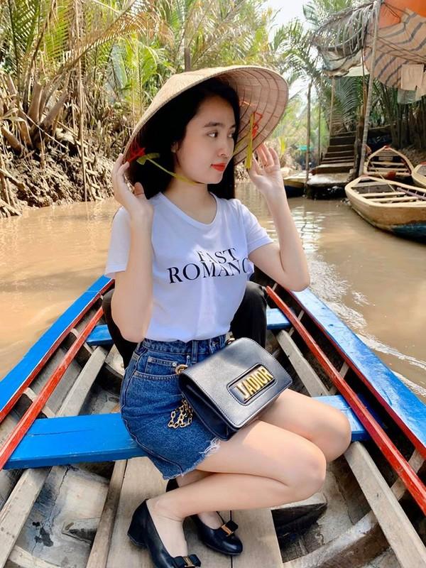 Nu sinh Kon Tum gay chu y voi nhan sac dep tu sao Hoa ngu-Hinh-7