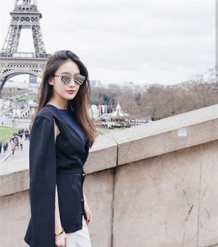 Hot girl nguoi Lao goc Viet, nhan sac len huong sau thoi gian an giat-Hinh-5