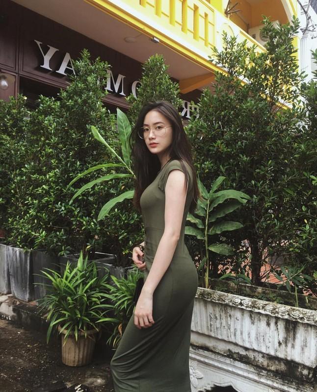 Hot girl nguoi Lao goc Viet, nhan sac len huong sau thoi gian an giat-Hinh-7