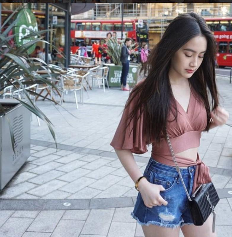 Hot girl nguoi Lao goc Viet, nhan sac len huong sau thoi gian an giat-Hinh-8