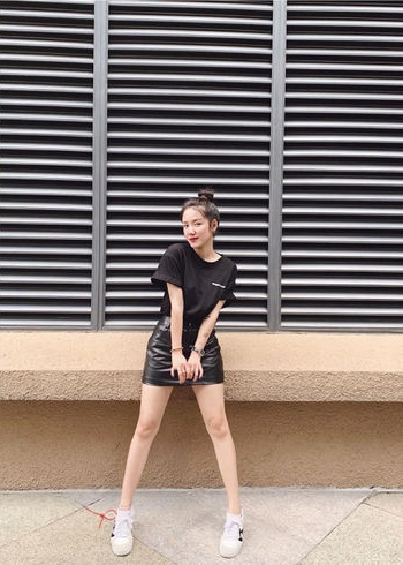 "My nhan Viet ""khai that"" chieu cao khien dan mang khong khoi nga ngua-Hinh-6"