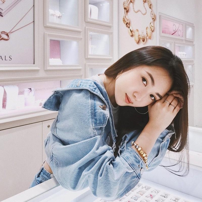 Dan hot girl Viet xuat phat diem rich kid khien van nguoi mo-Hinh-6