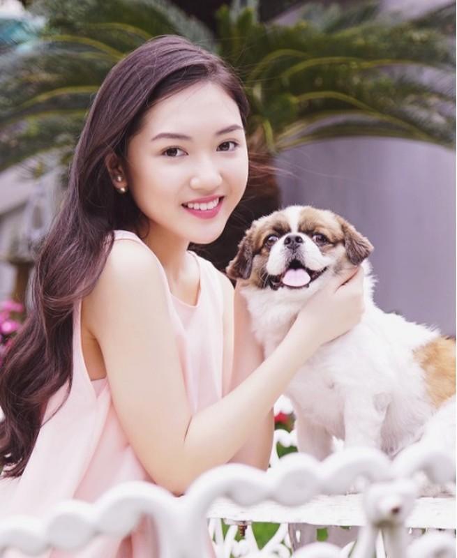 Dan hot girl Viet xuat phat diem rich kid khien van nguoi mo-Hinh-8