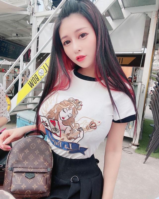Bi quay len trong phong thay do, hot girl Trung Quoc thanh minh-Hinh-12