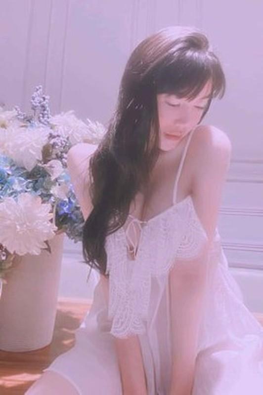 Mai tao dang, hot girl Elly Tran so y de lo diem nhay cam-Hinh-7