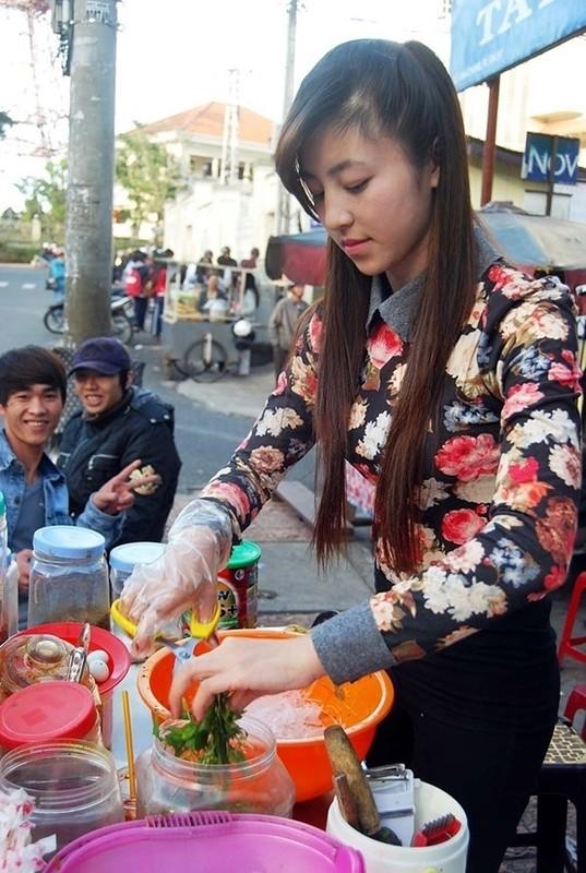 Hau ly hon chong, hot girl banh trang tron co cuoc song moi toanh-Hinh-2