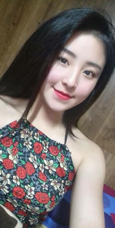 Hau ly hon chong, hot girl banh trang tron co cuoc song moi toanh-Hinh-5