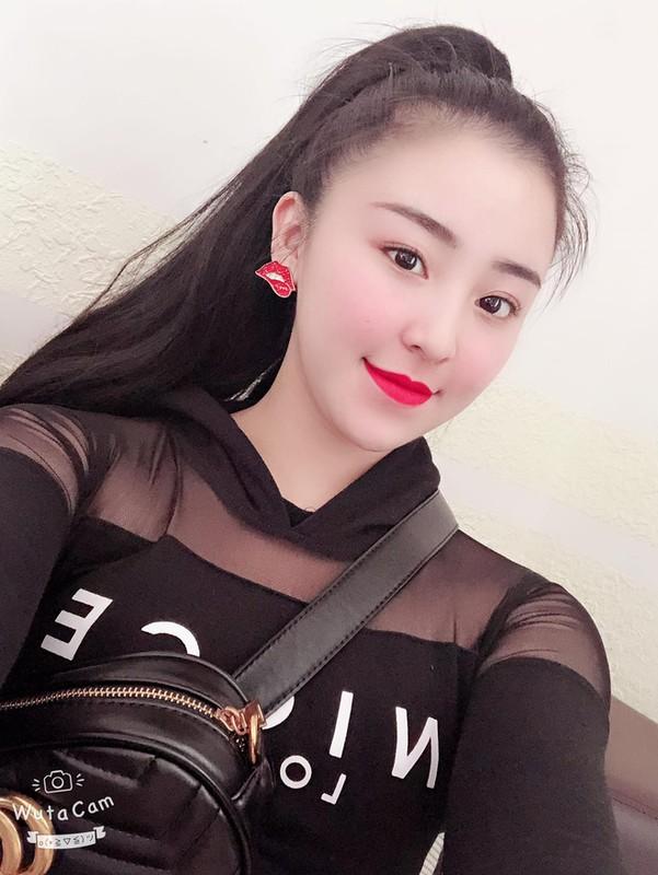 Hau ly hon chong, hot girl banh trang tron co cuoc song moi toanh-Hinh-6