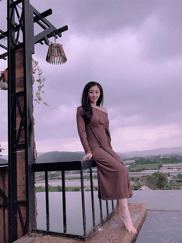 Hau ly hon chong, hot girl banh trang tron co cuoc song moi toanh-Hinh-8