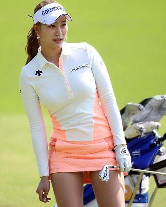 Nu golf thu xu Han bat ngo yeu cau fan lam dieu nay...-Hinh-11