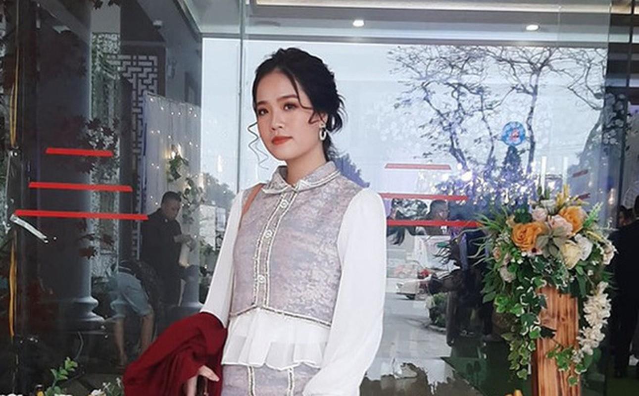 Ban gai tin don Quang Hai bat ngo noi moi quan he map mo-Hinh-2