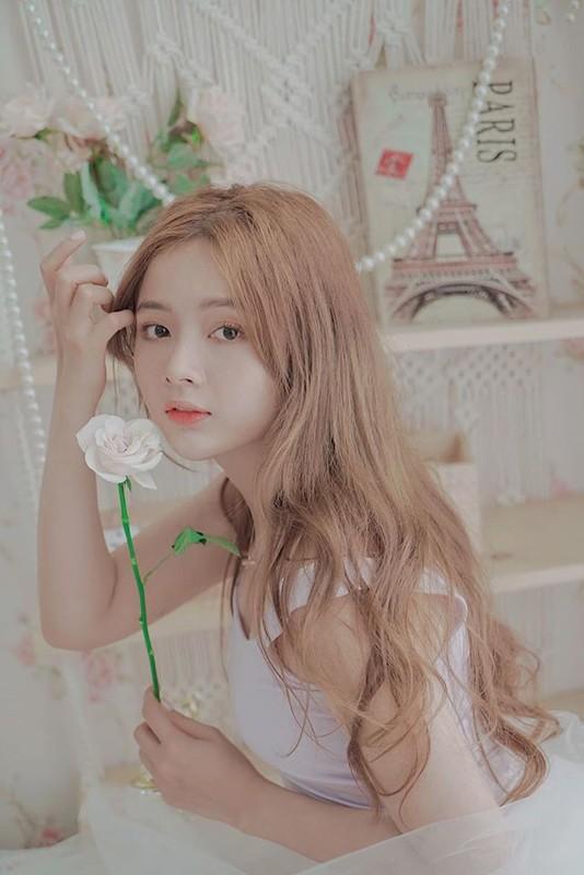 Soi dan gai xinh Hutech: Khong hoa hau thi cung hot girl-Hinh-12