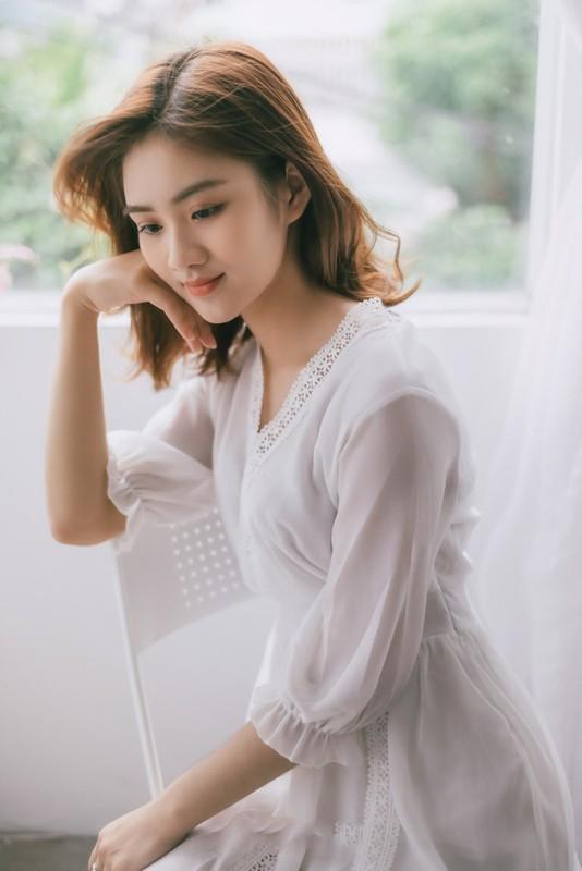 Soi dan gai xinh Hutech: Khong hoa hau thi cung hot girl-Hinh-13
