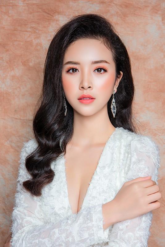 Soi dan gai xinh Hutech: Khong hoa hau thi cung hot girl-Hinh-2