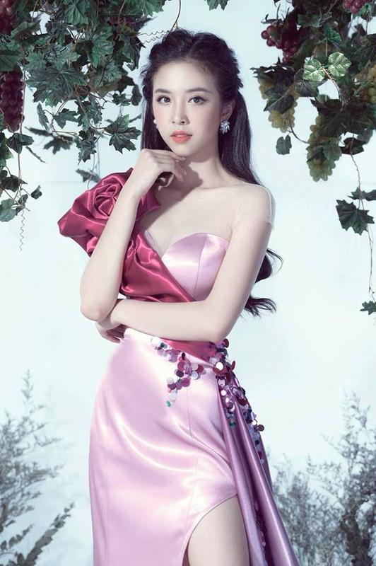 Soi dan gai xinh Hutech: Khong hoa hau thi cung hot girl