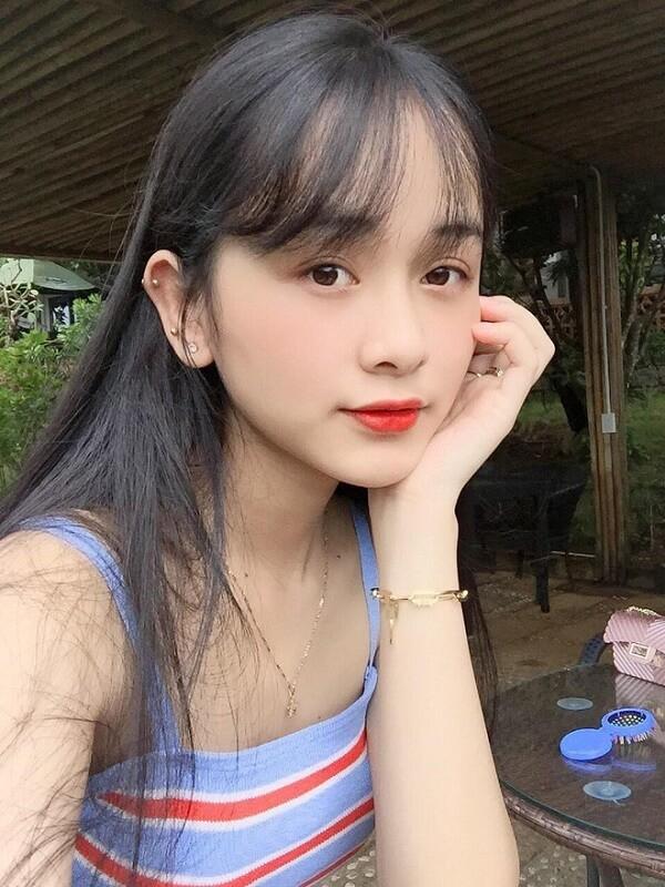 Ban do hot girl DH Ton Duc Thang toan ten tuoi gay sot MXH-Hinh-13