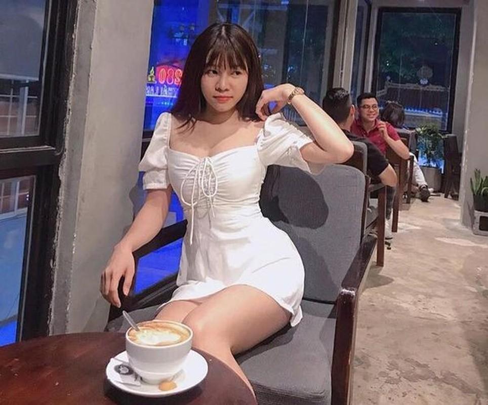 Ban gai Dang Van Lam khoe tai hoi hoa, dan mang khen het loi-Hinh-8