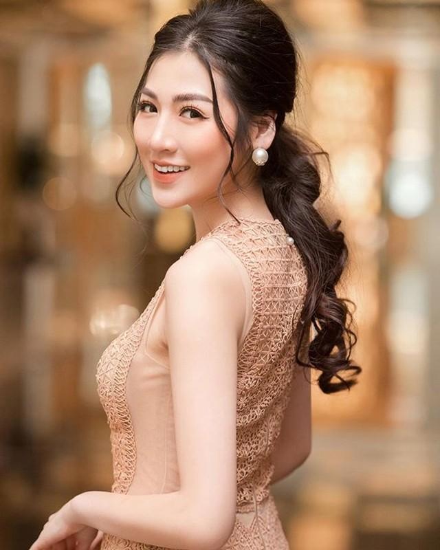 Dan gai xinh truong Bao: Khong A hau thi cung hot girl dinh dam-Hinh-4