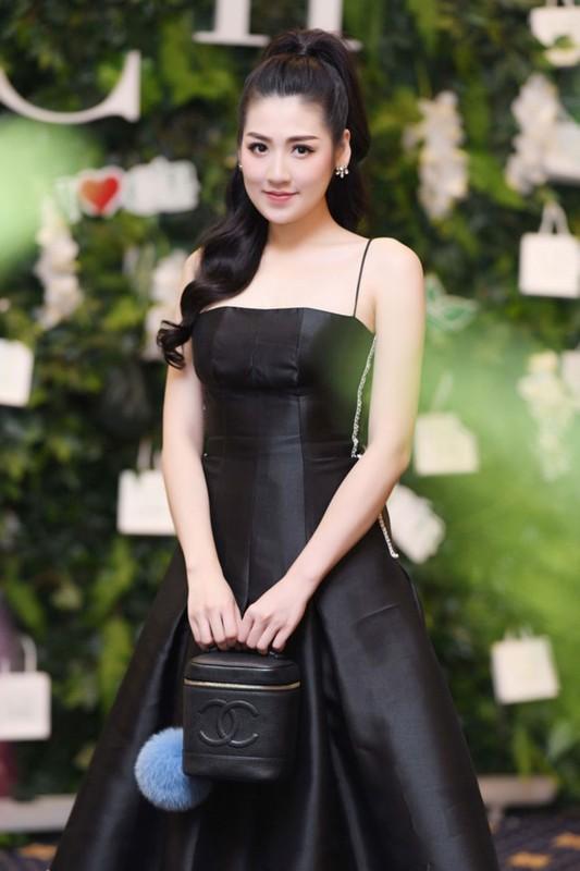 Dan gai xinh truong Bao: Khong A hau thi cung hot girl dinh dam-Hinh-5