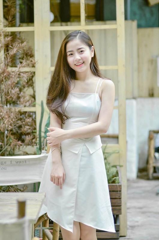 Vu tru hot girl xu Thanh, toan tuyet pham giai nhan dau phai dua-Hinh-2
