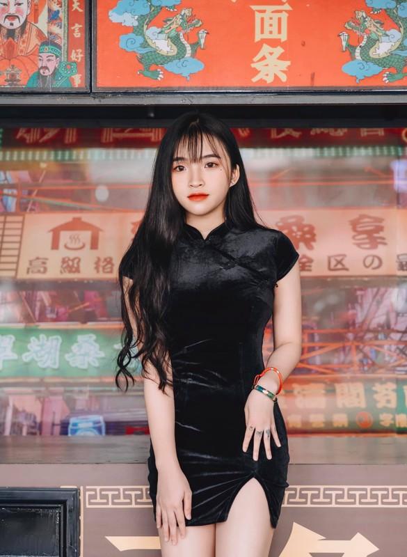 Hot girl Viet 2K2 gay song gio cuon cuon tren bao Trung la ai?-Hinh-3