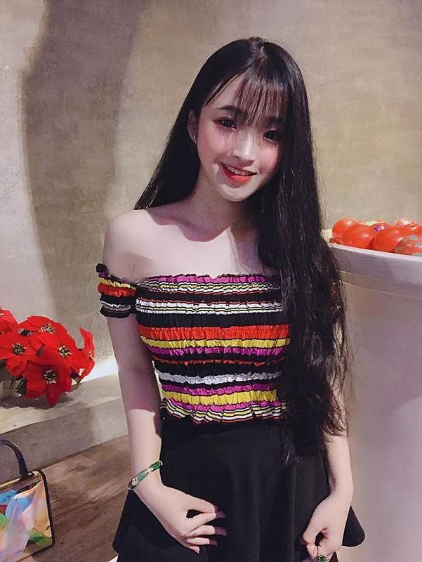 Hot girl Viet 2K2 gay song gio cuon cuon tren bao Trung la ai?-Hinh-8