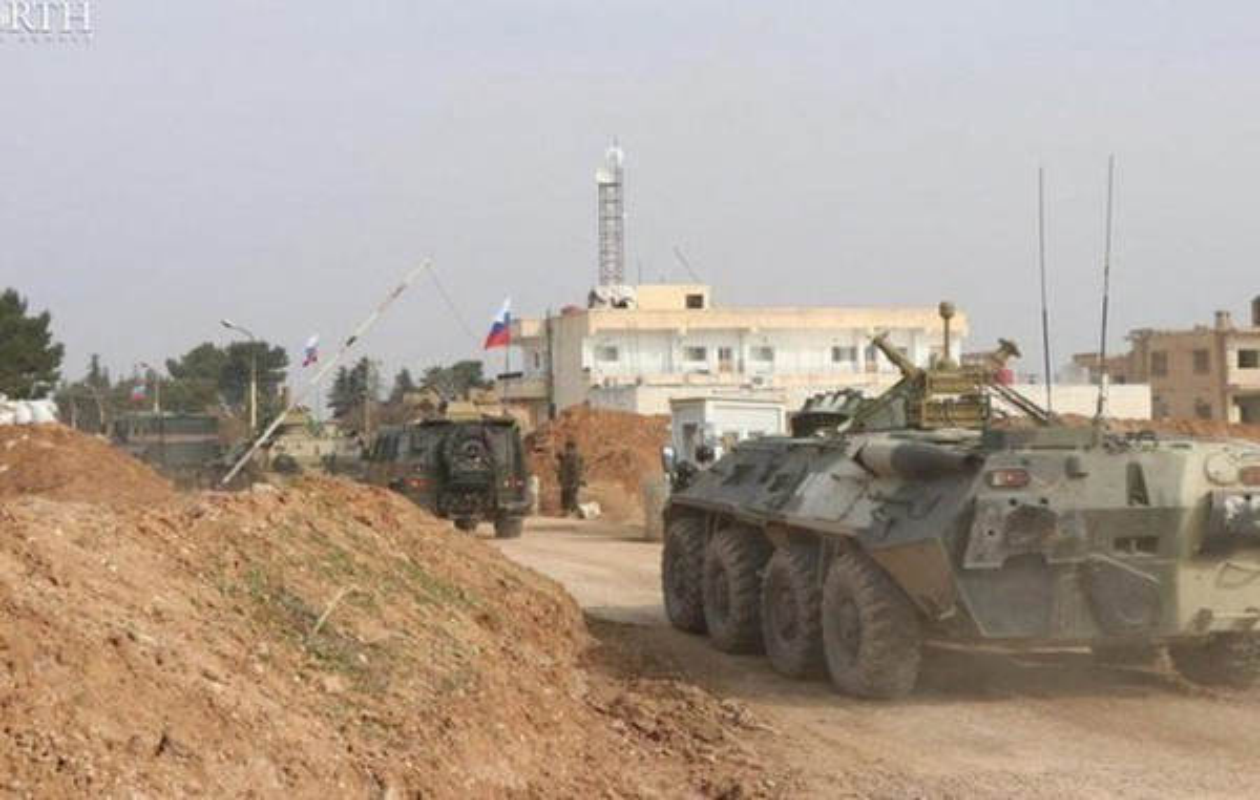 Xe boc thep My dam thang vao thiet giap BTR-80 Nga tai Syria-Hinh-7
