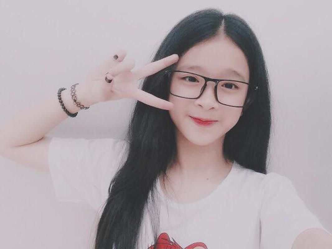 Sau 5 nam noi tieng, hot girl Linh Ka thay doi ra sao?-Hinh-2