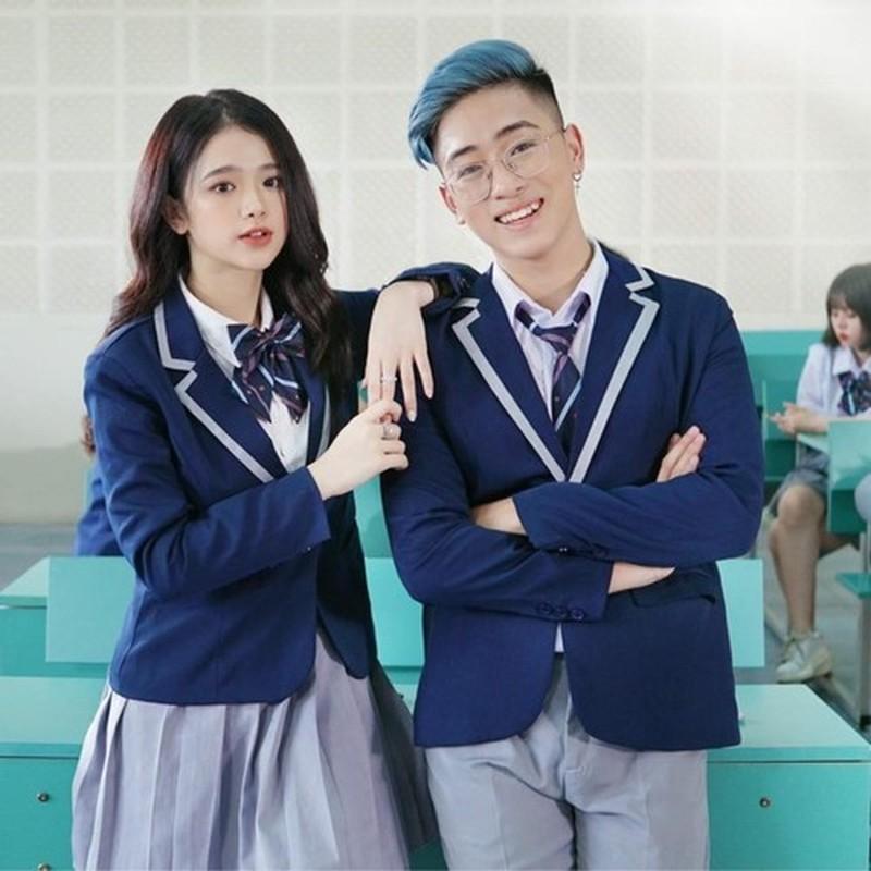 Sau 5 nam noi tieng, hot girl Linh Ka thay doi ra sao?-Hinh-4