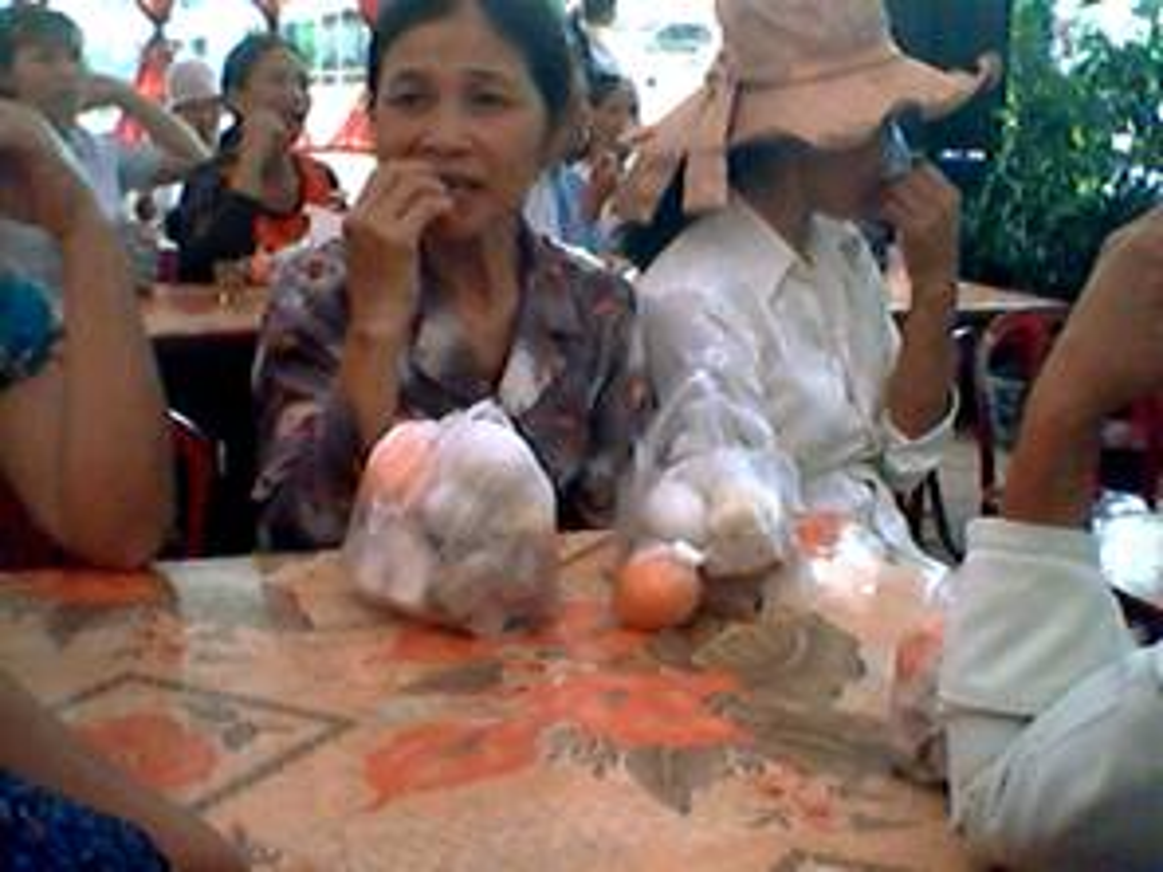 Di an co lay phan mang ve, CDM dua ra y kien trai chieu-Hinh-5
