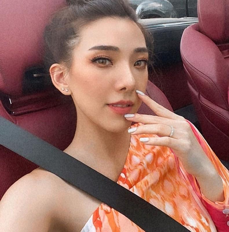 Hot girl lai voi dan sieu xe chang kem Minh Nhua la ai?-Hinh-12