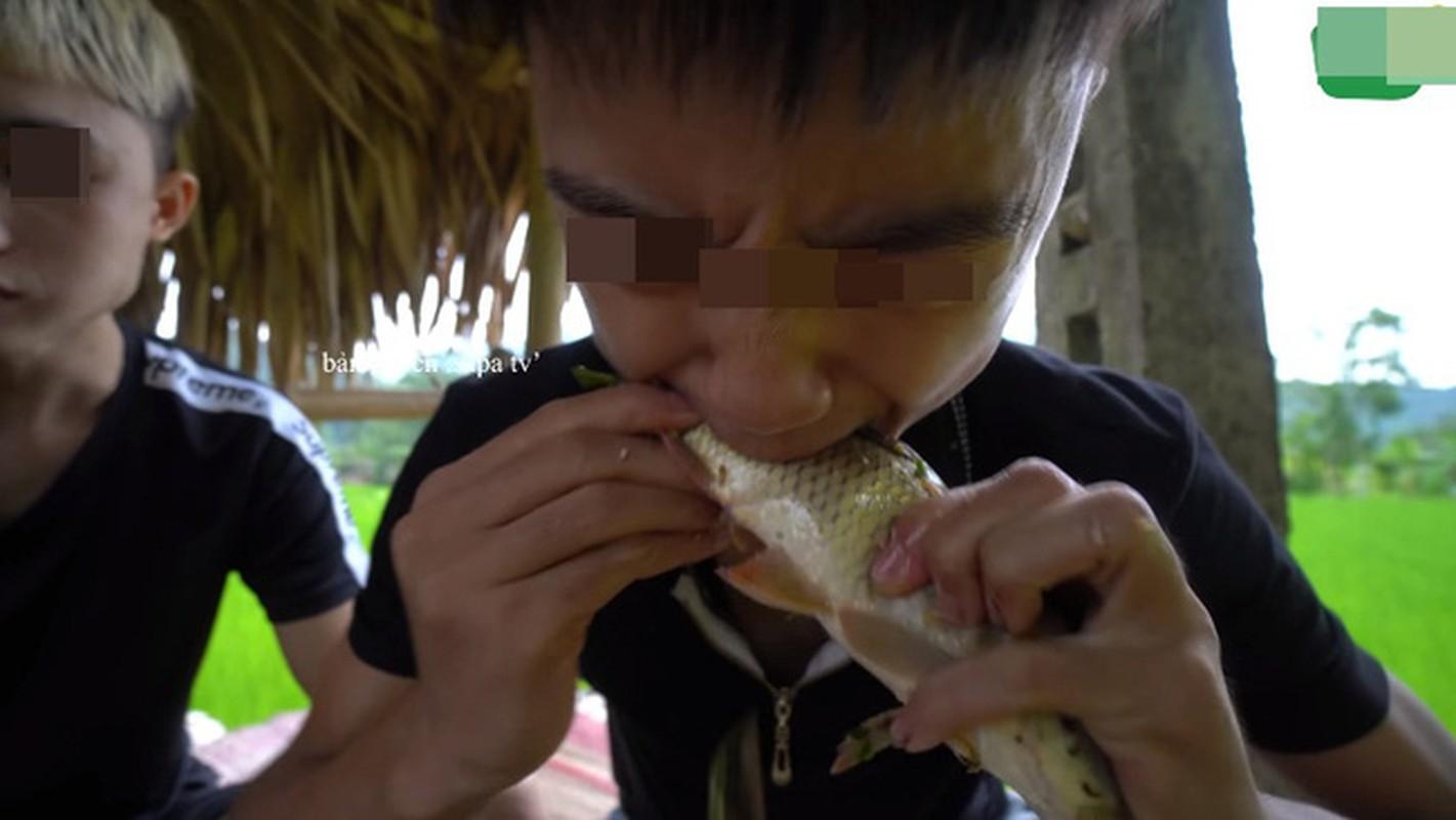 Youtuber Viet an uong khien nguoi xem phat
