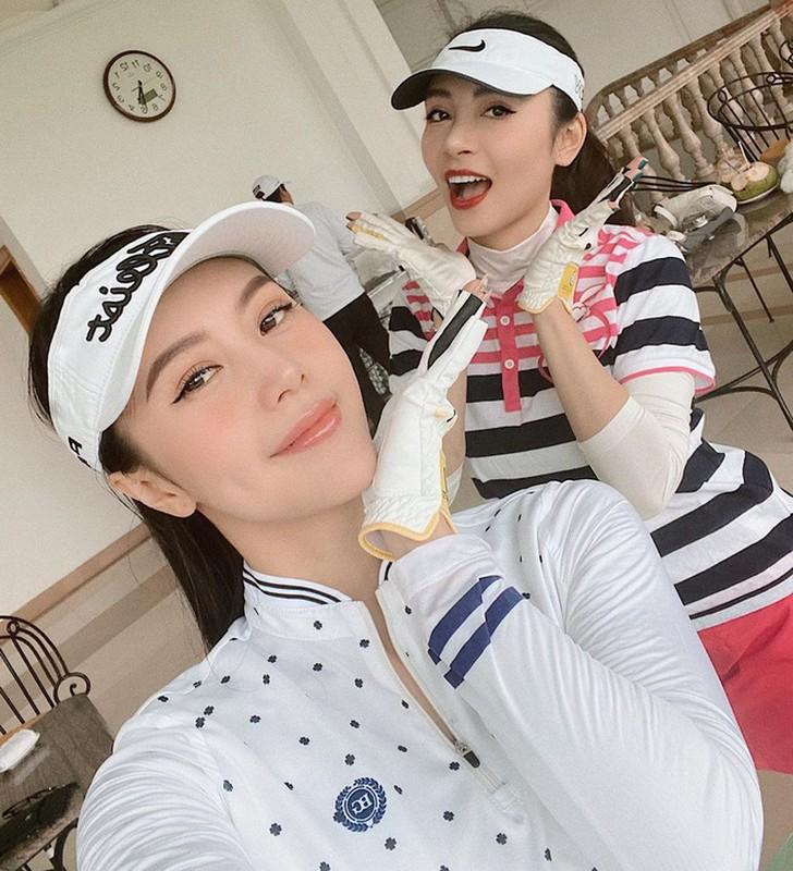 Khoe do hieu xua roi, hot girl Viet sang chanh phai di choi golf-Hinh-14
