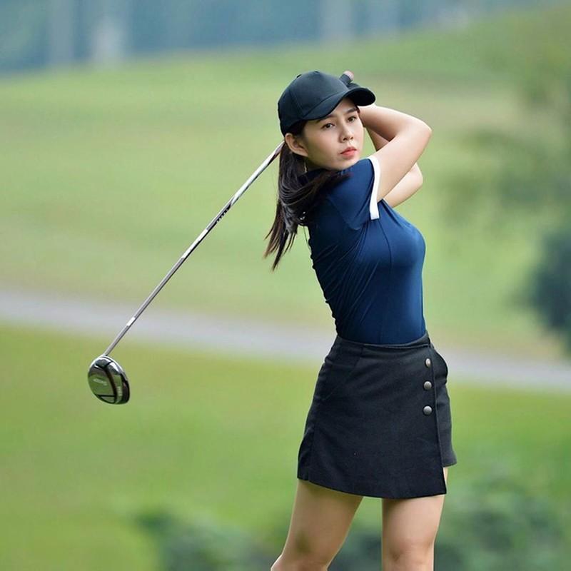 Khoe do hieu xua roi, hot girl Viet sang chanh phai di choi golf-Hinh-7