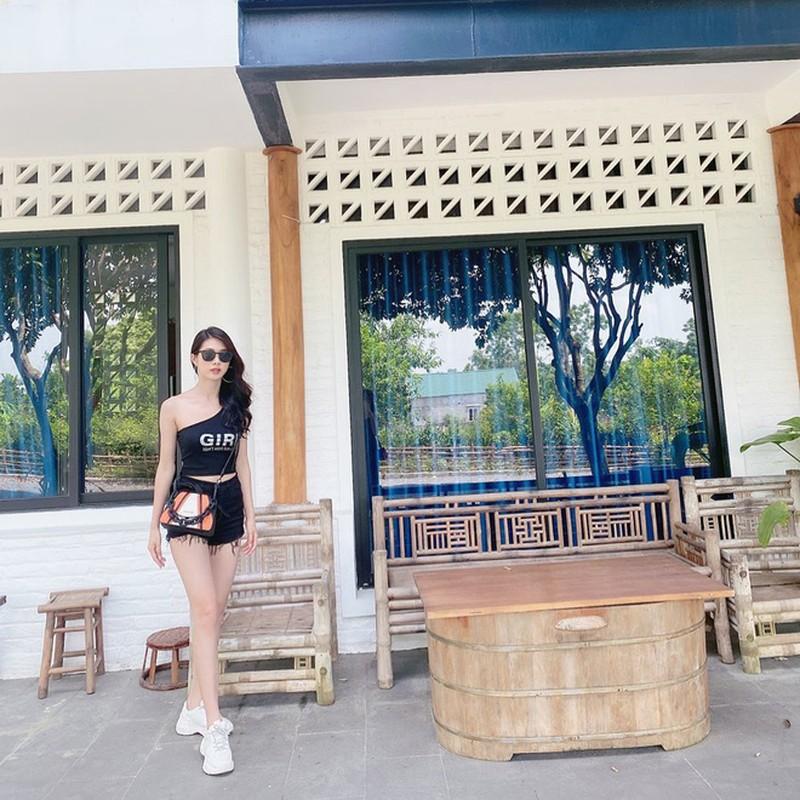 Di thi Hoa hau Viet Nam 2020, ban gai cu Trong Dai gay chu y-Hinh-5