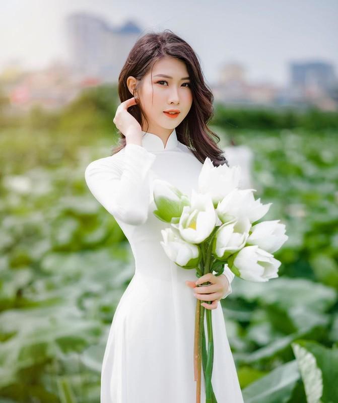Di thi Hoa hau Viet Nam 2020, ban gai cu Trong Dai gay chu y