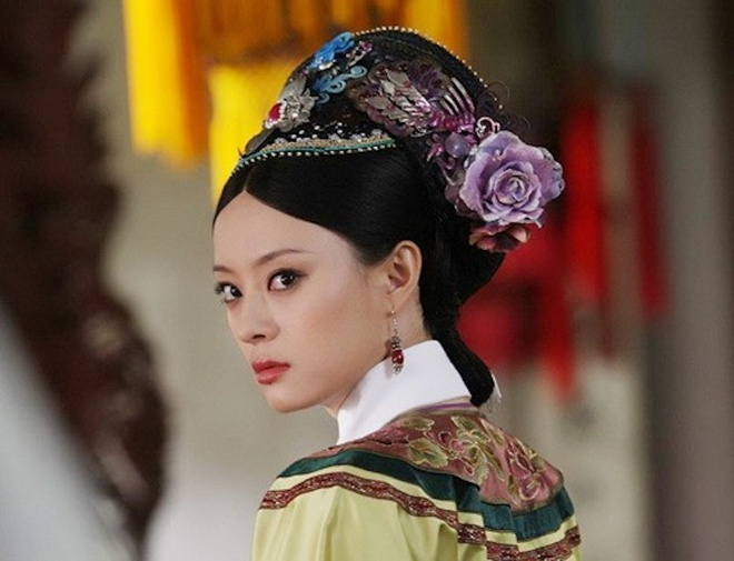 Dan my nhan noi tieng cua nhung phim cung dau kinh dien-Hinh-3