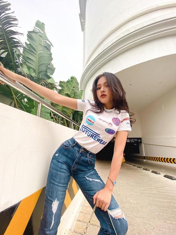 Khoe body chuan hoa hau, hot girl 10X Phu Yen lam dan tinh me tit-Hinh-5