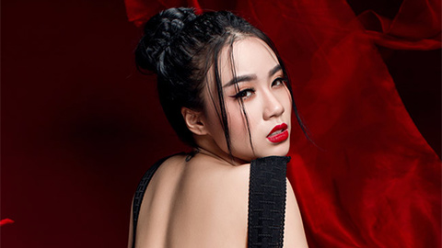 Dang status ve NS Chi Tai chang giong ai, Linh Miu gay phan no-Hinh-12