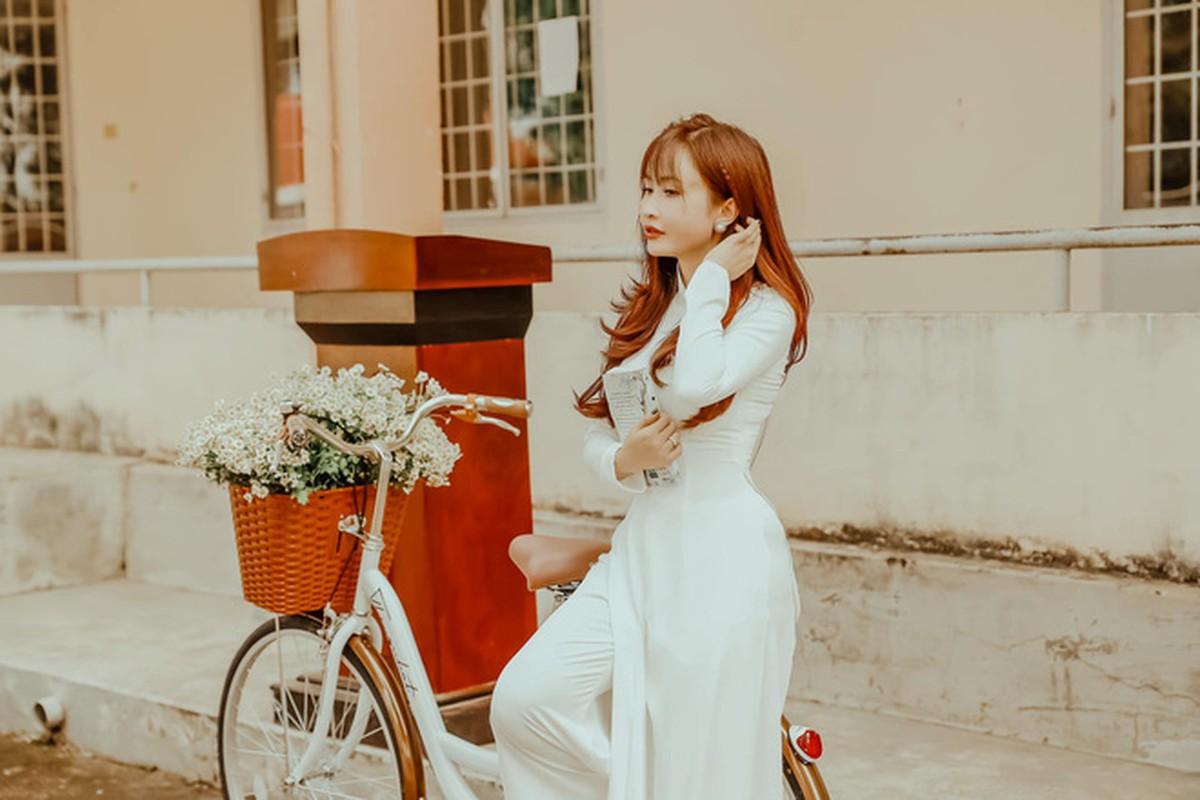 Vo hai Minh Nhua bat ngo hoi xuan nho loat anh nu sinh-Hinh-5