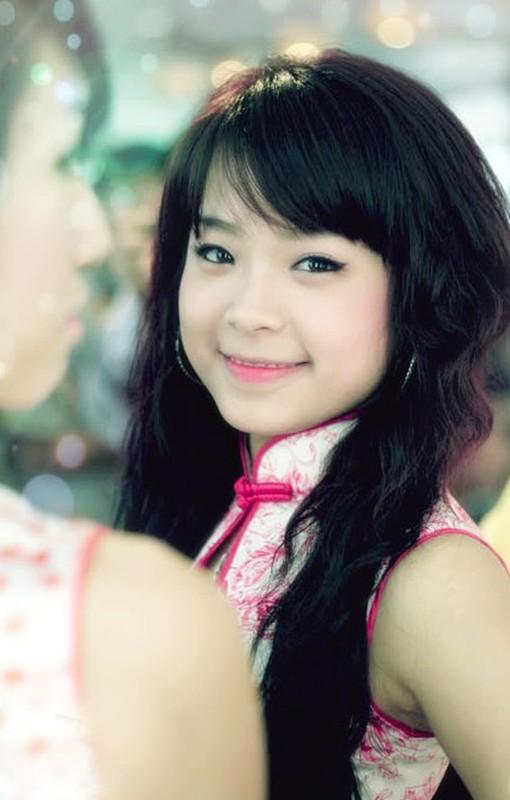 Hot girl doi dau chung minh dinh luat bao toan nhan sac ton tai-Hinh-9