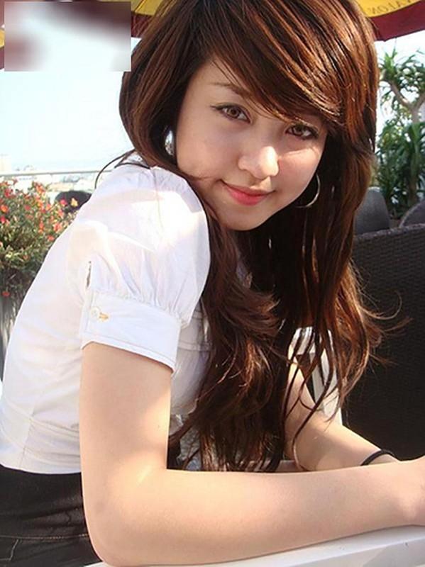 Hot girl doi dau chung minh dinh luat bao toan nhan sac ton tai