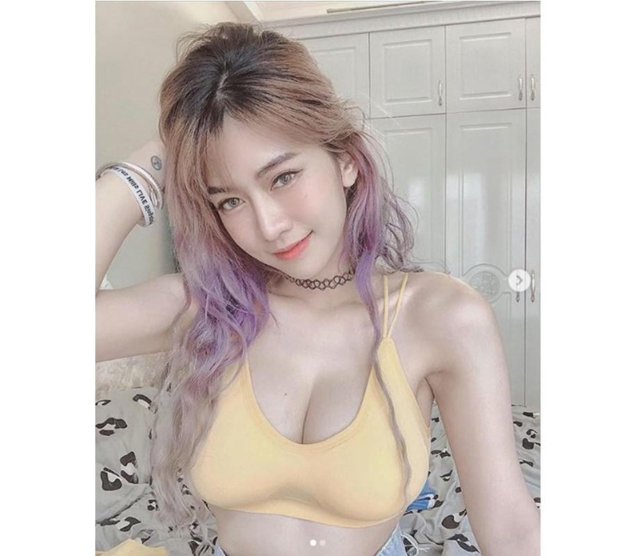 Mua cua song tha ve bien, hot girl Le Bong gay tranh cai-Hinh-6