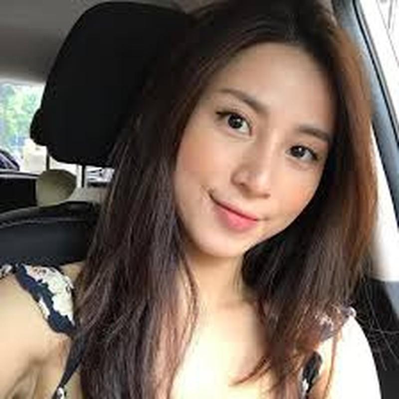 Cuu hot girl Ha thanh hoi tiec vi sua mot diem tren guong mat-Hinh-8
