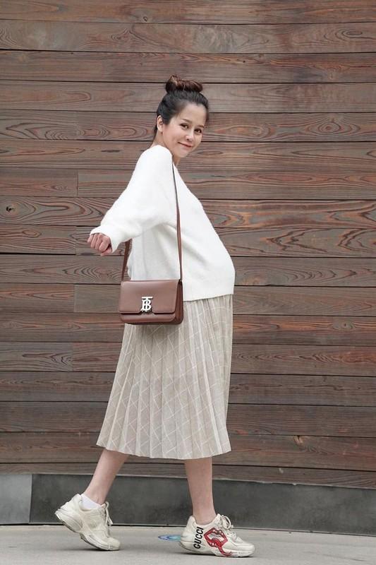 An Nguy mang thai, Alex Nguyen lai om nghen, dan tinh chong mat-Hinh-4