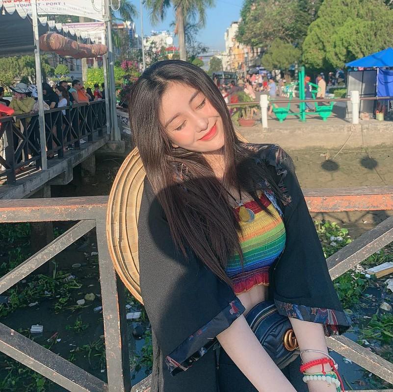 Hot girl Sai thanh lo vali di hoc quan su, dan tinh nga ngua-Hinh-12