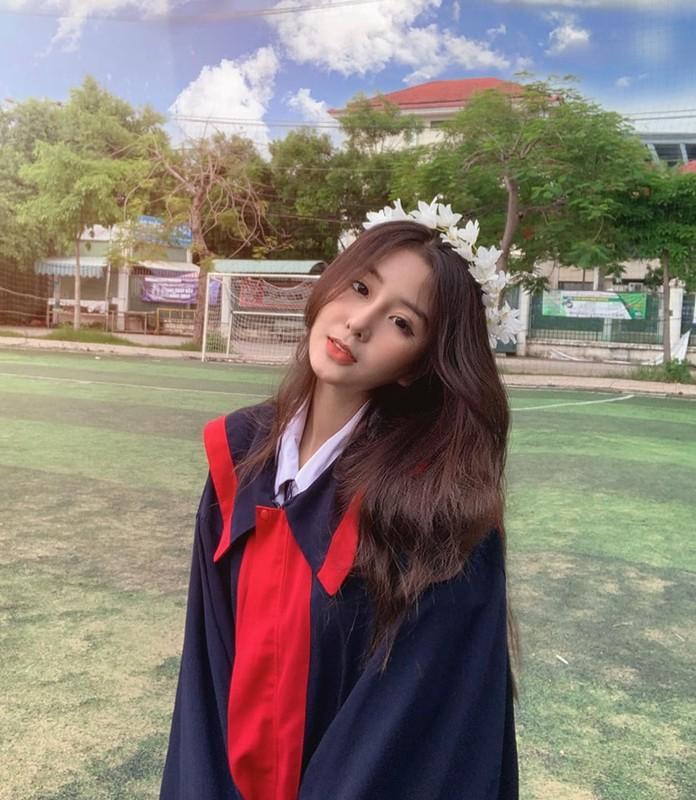 Hot girl Sai thanh lo vali di hoc quan su, dan tinh nga ngua-Hinh-6
