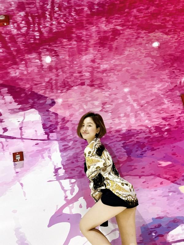 Lo anh dap mat na, hot girl Tram Anh khien dan tinh hu via-Hinh-11