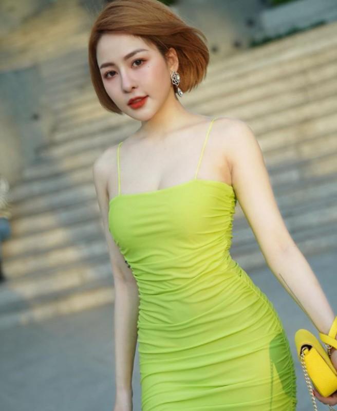 Lo anh dap mat na, hot girl Tram Anh khien dan tinh hu via-Hinh-5